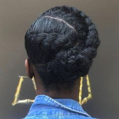 Hair Why can't I flat twist this neatly?Why can't I flat twist this neatly? Protective Hairstyles For Natural Hair, Natural Hair Braids, Natural Hair Tips, Natural Protective Styles, Medium Length Natural Hairstyles, Professional Natural Hairstyles, Protective Style Braids, Natural Hair Tutorials, Natural Twists