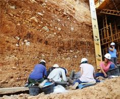 Geochronologists from the Centro Nacional de Investigación sobre la Evolución Humana (CENIEH) have led a study published in the journal Quaternary Geochronology about the chronology of the archaeological site of Gran Dolina, situated in the Sierra de Atapuerca (Burgos), whose results confirm a pulse of human dispersion in southern Europe around one million years ago.