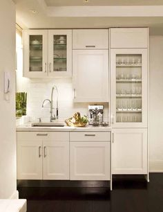 picture of modern country kitchen design with white cabinet