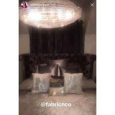 Bedroom goals 🏡🔥 Our initial cushions in white crushed velvet and silver glitter look gorj in @nikitaljackson bedroom. Crushing over her lighting too ❄️💡 • • • • • #interior4inspo #paradiseinterior #interiorstyled #interior123 #interior125 #dream_interiors #bedroomgoals #homegoals #interiorandhome #christmas #fabricnco #smallbusiness #homedeco #homedesign #homeinteriors #homeinspiration #luxurydecor #luxuryhomes #luxuryinteriors #interiordesign #picoftheday #homestyle #passion4interior…