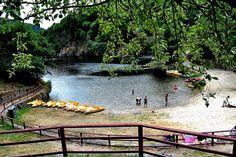 Cova's beach (Ribeira Sacra, Lugo). Minho River.