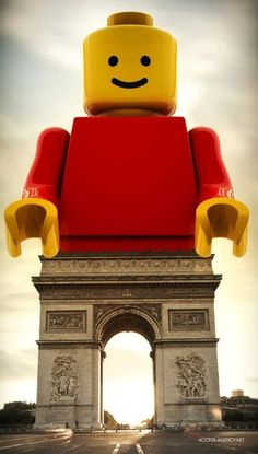 This clever montage takes a lego man and substitutes his legs with the Arc de Triomphe which looks comically similar to the lego legs.