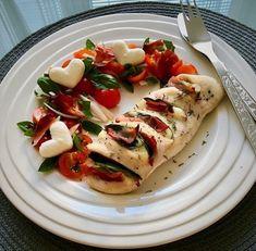 Caprese Salad, Ethnic Recipes, Food, Essen, Meals, Yemek, Insalata Caprese, Eten