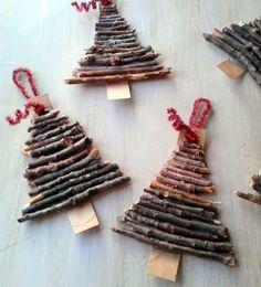 Twig Christmas Tree Ornaments http://www.woodz.co/diy-christmas-tree-ornaments-using-only-natural-materials/