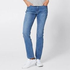 Classic denim is core for your wardrobe and everyday styling. Designed for ultimate comfort, you can dress our Tara straight leg jeans up or...