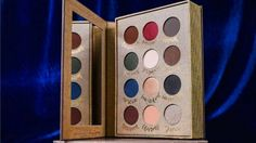 palette storybook cosmetics witchcraft and wizardry ouverte