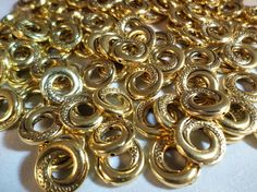 20 x Tibetan Style Beads - Donut Rings - 15mm - Antique Gold Plated