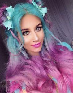 Stunningly Styled Unicorn Hair Color Ideas – My hair and beauty Cute Hair Colors, Pretty Hair Color, Beautiful Hair Color, Hair Dye Colors, Hair Colorful, Bright Hair, Pastel Hair, Pink Hair, Unicorn Hair Color
