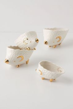 Hedgehog Measuring Cups - I want these so bad!!!