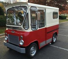 Learn more about Rare RHD Postal Vehicle: Restored 1961 Willys-Jeep Fleetvan on Bring a Trailer, the home of the best vintage and classic cars online. Vintage Trucks, Old Trucks, Mini Van, Willys Wagon, Step Van, Jeep Truck, Small Cars, Classic Cars Online, Custom Trucks