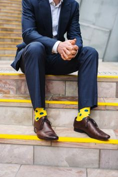 Men's Yellow Style Inspiration | Famous Outfits