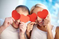 Tiens, c'est la Saint Valentin !   Et si j'offrais une nouvelle vue pour une nouvelle vie à mon amoureux ? Aujourd'hui, la chirurgie des yeux au laser, c'est l'affaire d'une petite demi-heure, et ça règle tous les soucis communs : astigmatisme, myopie, hypermétropie, presbytie. Love at first sight ? C'est le cas de le dire !