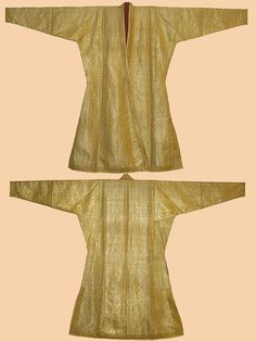 Antique Indian Costume. Silk Brocade with Silver thread. Man's Robe. Mughal Dynasty 1526-1857A.D
