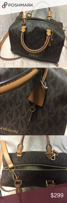 NEW!! Michael Kors Purse & Strap Beautiful Leather Michael Kors Purse . Makes a great gift. Great condition. Never worn. NEW!! No flaws. Make an offer MICHAEL Michael Kors Bags