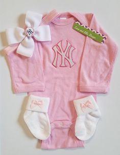72510b5ab new york yankees baby girl outfit-yankees girl-ny yankees newborn-yankees  baby