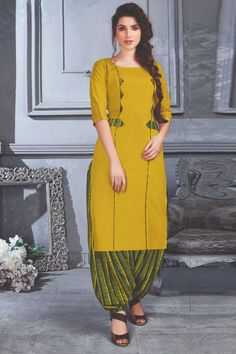 Best 12 Things to wear – SkillOfKing. Neck Designs For Suits, Blouse Neck Designs, Neckline Designs, Kurti Sleeves Design, Kurta Neck Design, Churidar Designs, Kurta Designs Women, Kurti Embroidery Design, Embroidery Suits