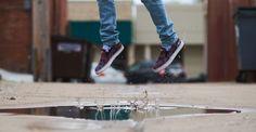 """Il grande campione Mohammed Ali diceva """"vola come una farfalla, pungi come un'ape"""", una massima che incarnava perfettamente nel suo stile di #boxe: #leggero e #veloce sui piedi, diretto e preciso nei suoi pugni. Ho riflettuto che questi principi di #prontezza ed #adattabilità possono essere tranquillamente trasportati nella nostra #vita quotidiana. Molti di noi affrontano le giornate con programmi molto rigidi e #controllati. Questo ci dà una illusione di #controllo: se programmiamo tutto…"""