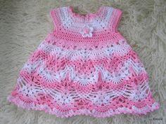 This Pin was discovered by ОЛЬ Crochet Tutu, Moda Crochet, Crochet Baby Dress Pattern, Baby Dress Patterns, Crochet Toddler, Baby Girl Crochet, Crochet Baby Clothes, Crochet For Boys, Baby Girl Dresses