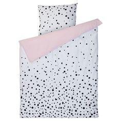 Dekbedovertrek Dot - Dekbedovertrek met stippel dessin en roze onderzijde. 1-persoons. 200x140 cm (lxb). #kwantum #slaapkamer #slaapkamerinspiratie #stippel #dots #dekbedovertrek Teenage Girl Bedrooms, Girls Bedroom, Bedroom Sofa, Bedroom Decor, Functional Furniture, Danish Modern, Watercolor Wall, Teen Room Makeover, Bedroom Styles