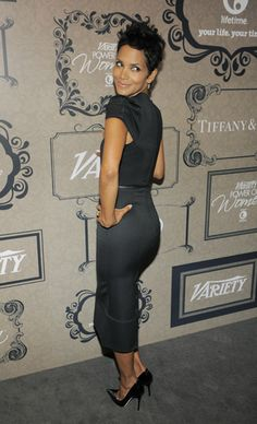Halle Berry - Just love her style NICE APPLE BOTTOM