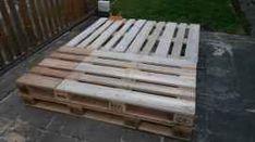 Postel z palet - návod s fotografiemi | postel-palety.cz Tvar, Wood, Woodwind Instrument, Timber Wood, Trees