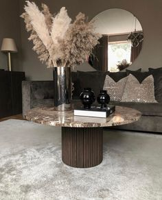 Luxury Interior Design, Interior Decorating, Classy Living Room, Welcome To My House, Condo Remodel, House Rooms, Luxury Living, Shabby Chic Decor, Living Room Designs