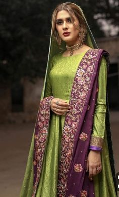 Book Ur wedding orders now.We ship all over the world ,. For Price please message us inbox and whatsapp or call us at 9888065589 Bridal Mehndi Dresses, Pakistani Wedding Outfits, Wedding Dresses For Girls, Bridal Outfits, Pakistani Dresses, Indian Dresses, Pakistani Clothing, Formal Dresses, Formal Wear