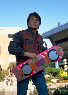 Always wanted your own Hoverboard? Marty McFly gets a hoverboard in Back to The Future II in set in October Now you can get a hoverboard - though minus the time travel, sadly. Marty Mcfly, The Future Movie, Back To The Future, Science Fiction, Pulp Fiction, Michael J Fox, Michael Jackson, Arcade, Hilarious Pictures