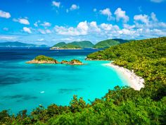 St John Day Trip from St Thomas: Island Sightseeing and Snorkeling at Trunk Bay - Lonely Planet Best Places To Honeymoon, Best Honeymoon Destinations, Dream Vacations, Places To Travel, Places To Visit, Vacation Travel, Romantic Honeymoon, Travel Destinations, Caribbean Vacations