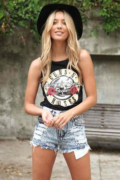 Concert inspired Black Sleeveless Tank with Guns n Roses Print Front, Top, distressed tank sleeveless print top, Casual Pastel Outfit, Fashion Mode, Look Fashion, Fashion Tips, Prep Fashion, Fashion Hacks, Classy Fashion, Fashion Stores, Lolita Fashion