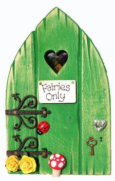 Personalised Fairy Door in Leaf Green - Heart