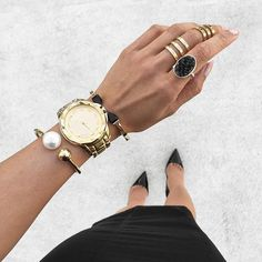 Today's black + gold details ✦✨✦