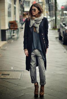 Image from http://fashionmaxi.com/wp-content/uploads/2014/11/Casual-Winter-dresses-2015-Street-Style-look-fashionmaxi.com-negro-blazers-de-punto-xl.jpg.
