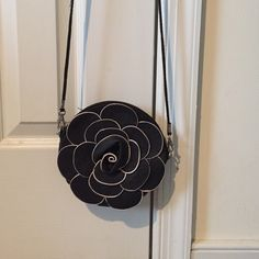 Flower Crossbody Purse New never been used. Was a gift from a cruise at a port location. Also comes with a wristlet strap. Bags Crossbody Bags