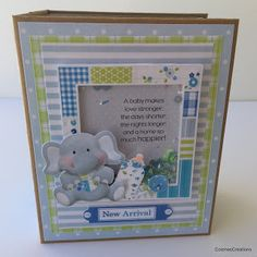 Mini Album Tutorial from start to finish! The concept of making a mini album in any size! Baby Boy Scrapbook, Mini Scrapbook Albums, Mini Albums, Box Surprise, Baby Mini Album, Mini Album Tutorial, Babies First Year, Baby Shower, Mini Books