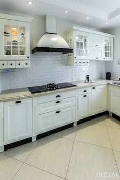 Kitchen Cabinets, Facebook, Home Decor, Kitchen Cupboards, Homemade Home Decor, Decoration Home, Kitchen Shelves, Interior Decorating