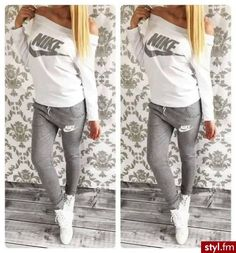 Sporty Outfits – Stylish women's gray and milky sweatsuit Look Fashion, Teen Fashion, Fashion Outfits, Womens Fashion, Fashion Shoes, Adidas Fashion, Gothic Fashion, Nike Outfits, Sport Outfits