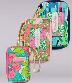 Lilly Wristlet. Need!
