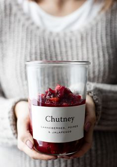 Chutney aux canneberges, poires et jalapenos - Trois fois par jour Healthy Appetizers, Appetizers For Party, Food Photography Styling, Food Styling, Cranberry Chutney, Cherry Fruit, Brunch, Fabulous Foods, Food Festival