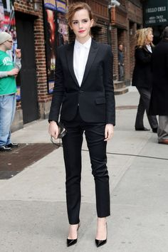 Emma Watson at David Letterman Yves St. Lauren tuxedo style suit. I love a good woman's suit!
