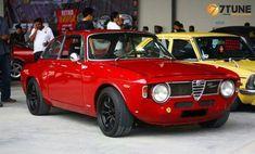 Alfa Romeo GTA 16001965 to 1971 Maintenance/restoration of old/vintage vehicles:. Alfa Bertone, Alfa Gta, Alfa Romeo Gta, Maserati, Ferrari, 1957 Chevrolet, Chevrolet Chevelle, Cadillac, Auto Gif