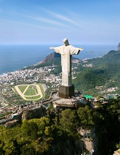Christ the Redeemer Statue (Cristo Redentor), Brazil - Map, Facts, Video Backpacking South America, South America Travel, Places To Travel, Places To See, Travel Destinations, Ecuador, Christ The Redeemer Statue, Visit Brazil, South America Destinations