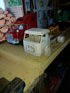 Tractor, Wood Projects, Trucks, Mini, Wooden Truck, Templates, Woodworking Projects, Scale Model, Toys
