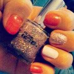 Glitter & nails (: