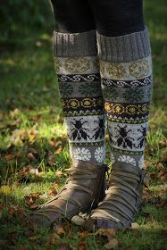 These are gorgeous, I want a pair! Fair Isle Knitting, Knitting Socks, Hand Knitting, Knitting Patterns, My Socks, Bees Knees, Boot Cuffs, Knitting Projects, Leg Warmers