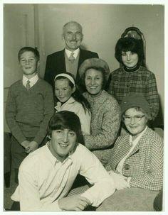 John, aunt Mimi and family
