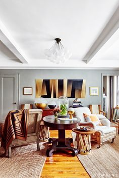 Why It Works: Mixing Styles via @domainehome