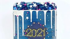 How to make a 2021 drip cake! Cake Decorating Techniques, Cake Decorating Tips, New Year's Desserts, Beautiful Color Combinations, Drip Cakes, Successful Women, Sprinkles, Birthday Cake, Kawaii