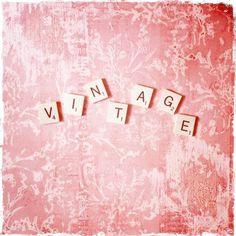 Scrabble tile vintage.