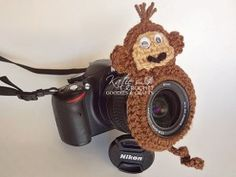 """Make Me Smile"" Photo Prop - Taking pictures of the kids will become easier with this simple crochet pattern. Tell them to say ""monkey"" and you'll get a great shot."